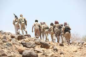 الجيش اليمني يتقدم نحو مفرق الجوف.. والتحالف يستهدف مواقع حوثية في مأرب