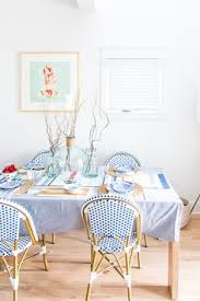 lake house dining room in shades of chambray blue and natural oak safavieh cafe outdoor