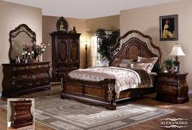King And Queen Decor Bed And Dresser Set