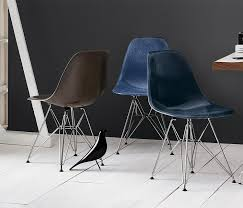 eames molded fiberglass side chair by herman miller