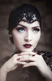 simple makeup updo for wedding season image source sparkly smokey eye for brides with blue eyes image source idda van munster dark flapper look by nina