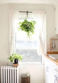 20 Modern Kitchen Window Curtains Ideas