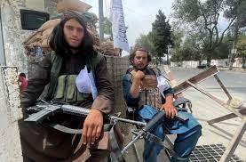 """بعد فشل الإخوان.. أصوليات مسلحة تهتف """"تحيا طالبان"""""""