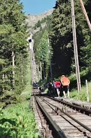 → boris reitschuster (infos aus der russ. Am Thunersee Auf Pyramiden Steigen Transhelvetica