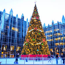 Christmas Lights In Pittsburgh Pa Skating In Downtown Pittsburgh At The Ppg Ice Rink