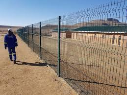 suppliers and installers of security domestic fencing clear vu betafence high visibility fences