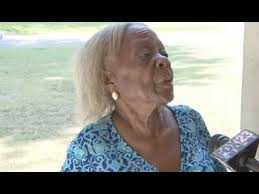 Watch police pepper spray 84 year old woman Geneva Smith in Muskogee,  Oklahoma - YouTube | Old women, Women, Pepper spray