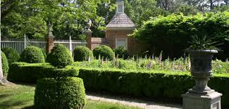 this is an image of a garden at an antebellum home
