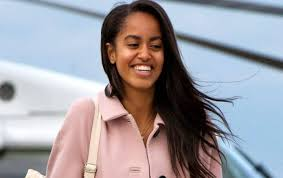 Maybe you would like to learn more about one of these? People Suspect Malia Obama Is Doing Cocaine Because Of This Photo