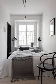 Small Room Bedroom 17 Best Ideas About Small Bedroom Arrangement On Pinterest