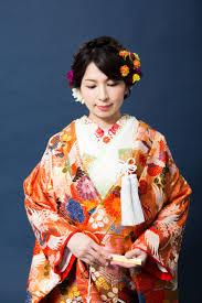 色打掛に合わせてヘアスタイルアイデア② 福岡でウェディングドレス