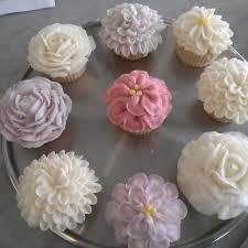 Magnolia Bakery Flower Cupcakes My Wedding 121314 Flower