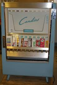 Amazon Vending Machine Stunning Amazon Installs Vending Machines In Airports Malls Other Loci Of