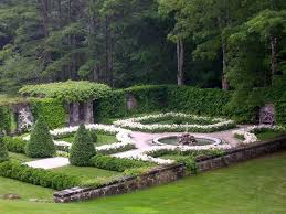 Small Picture 193 best Formal Gardens images on Pinterest Formal gardens