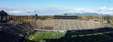 Autzen Stadium Section 32 Home Of Oregon Ducks