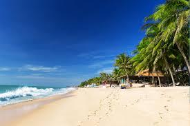 The long beach of Mui Ne is especially peaceful.