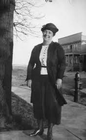 "Idaline ""Ida and Dolly"" Plourde Higgins (1880-1964) - Find A Grave Memorial"