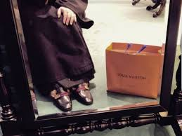 Протоиерей из Твери хвастался в Instagram сумками <b>Gucci</b> и ...