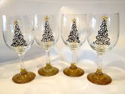 Wine Glass Decorating Designs Hand Painted Christmas Wine Glasses 57
