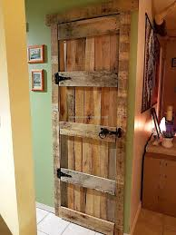 Cupboards Made From Pallets Some Different Ideas With Used Pallets Pallet Door Shipping