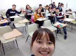 So sánh giữa đi Du học nghề và du học tiếng học đại học ở Hàn Quốc  Korea.net.vn