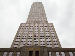 Linkedin new york office Empire State Building Linkedins New York Offices Are Located In The Citys Most Iconic Building Dezeen Linkedin Office Tour Business Insider