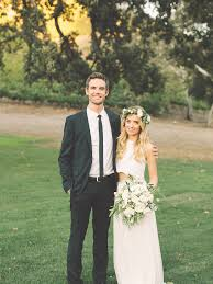 Tyler Hilton Debuts New Music Video Starring Wife, Baby Daughter ...