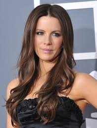 Kate Beckinsale Long Wavy Casual Hairstyle
