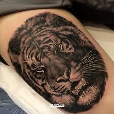 фото татуировки тигр в стиле реализм черно белые татуировки на