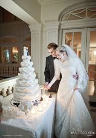 loved this wedding cake!!!! hanging wedding cake charmed Wedding Cake Toppers Ginger Groom wedluxe cute cake topper that mirrors the blonde bride and ginger groom Funny Wedding Cake Toppers