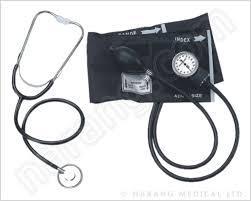 aneroid manometer. sphygmomanometer aneroid with stethoscope manometer e