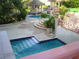 Outdoor Small Pool House SMALL HOUSES
