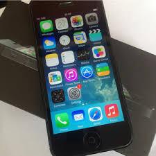 iphone 98. iphone 5s black 32gb fu kondisi 98%, lengkap, mulus, garansi panjang 98
