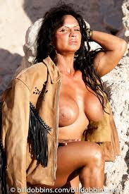 Muscular Chicks   HOT or NOT      WickedFire   Affiliate Marketing     Wikipedia Image of Gina Mastrogiacomo