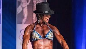 The Pulse: Figure competition trainer Melissa Johnson finds balance is key  to success