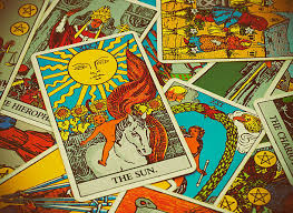 There are a million different ways to read tarot cards, but this is my favorite! How To Read Tarot Cards Liminal 11