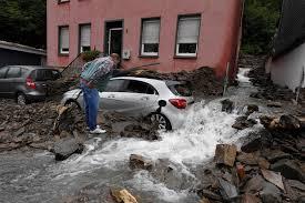 Nach dem schweren unwetter und der sturzflut in mosbach hat sich landrat reinhard krebs heute umgehend gekümmert und den kontakt zum infrastrukturministerium aufgenommen. Wu5sunuj5mmttm