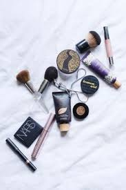 my everyday makeup s for a simple routine that takes no time at all if you re going for a natural or glam look you can achieve both with t