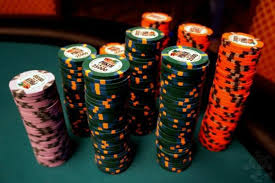Poker Chip Values & Colors That Real Casinos Use - Upswing Poker