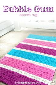 kitchen accent rug make this amazing accent rug with lion brand kitchen cotton the bubble gum