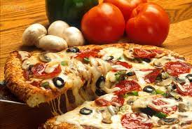 Weekendowa pizza - Domowe serduszko