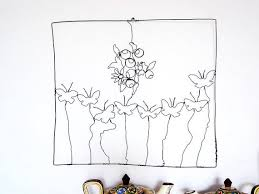 wire sculpture bouquet flowers and