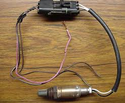 mechanical pg b pictured above is the 3 wire heated o2 sensor this particular one is from a 1993 chevy lumina 3 1l more common on he later vehicles is the 4 wire o2