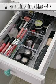 Make up drawer organization with lucite containers
