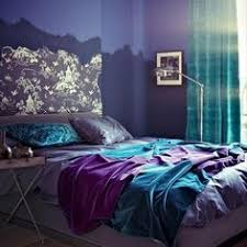 Awesome Modern Bedroom Decorating With Rich Purple And Blue Colors