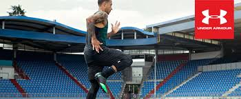 under armour football. memphis depay training while wearing under armour clothing and football boots