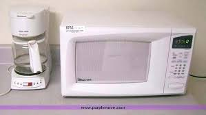 magic chef microwave white magic chef microwave white item sold may pueblo window manufacturing magic chef magic chef microwave white