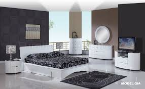 Gia Modern Bed In White Glossy Finish By Global Extraordinary Glossy White Bedroom Furniture