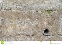 Exterior Retaining Wall With Drainage Stock Photo Image - Exterior drain pipe