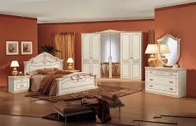 Camere Da Letto Moderne Uomo : Il mio angolo nel mondo camere da letto classiche le più belle